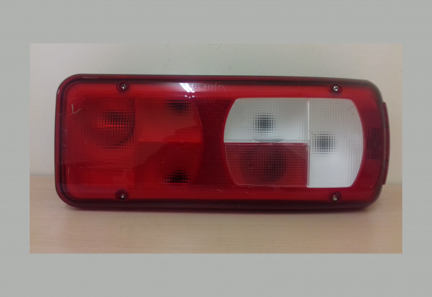 DAF REAR LAMP LH CF XF REAR SQUARE PLUG