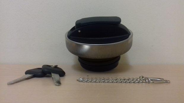 SCANIA LOCKING FUEL CAP 80mm