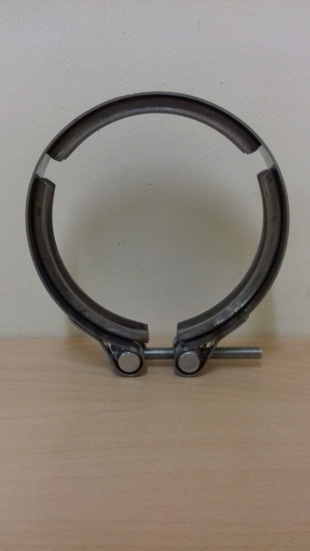 SCANIA 4 SERIES EXHAUST CLAMP